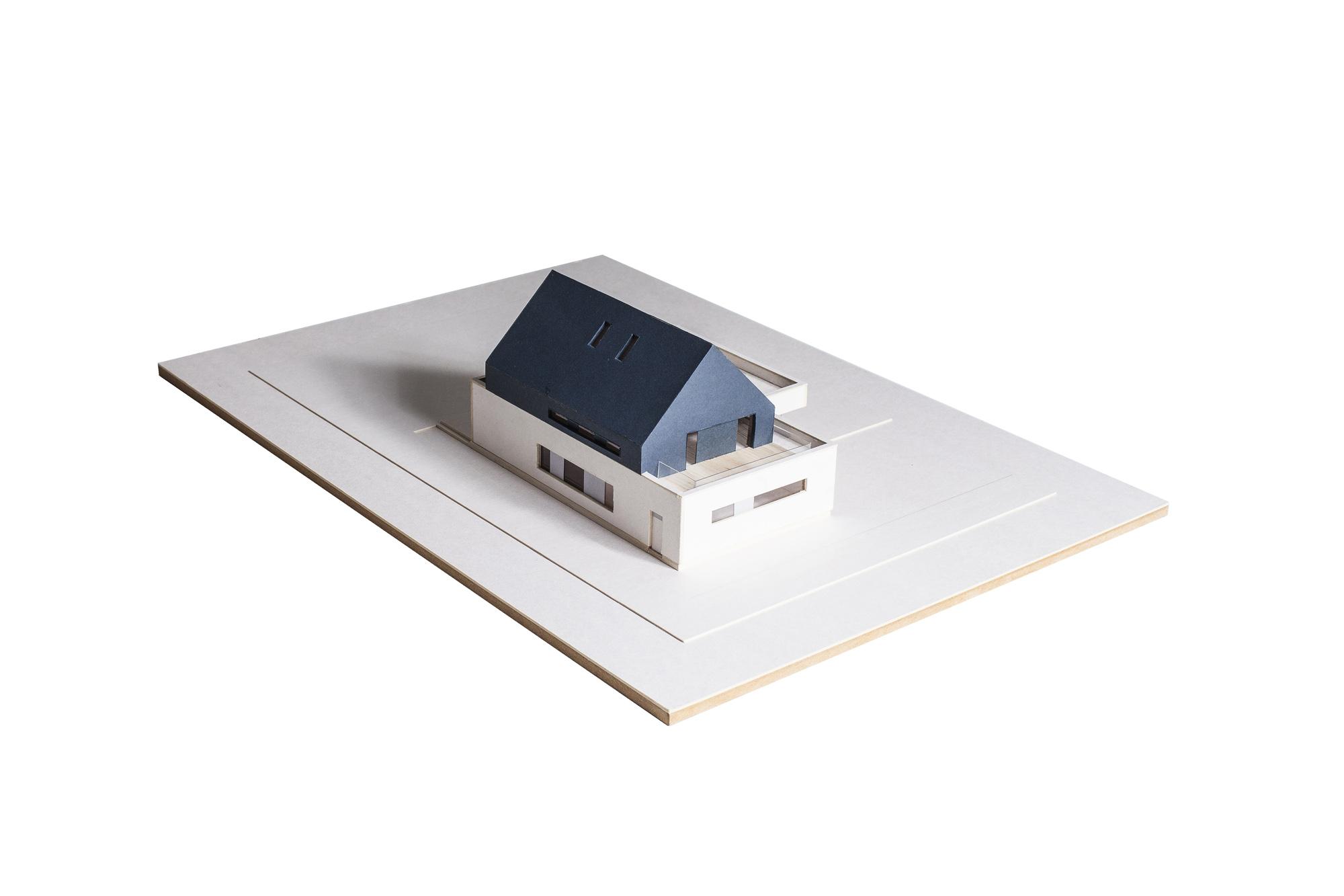MLC-ZLO-dom-model-07w copy